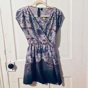 Dresses & Skirts - Lightweight shift purple print neck purple ivory